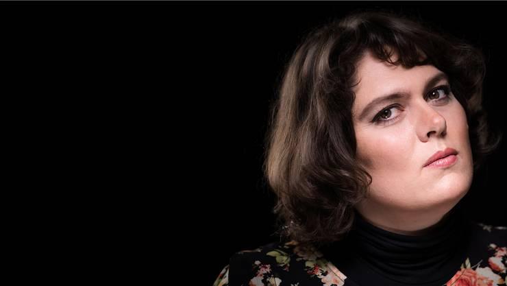 Die Satirikerin, Kabarettistin und Slammerin Patti Basler kommt am 9. Dezember in die Stadtbibliothek Baden.