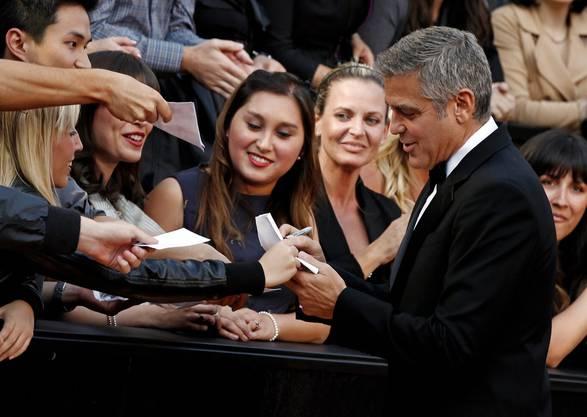 George Clooney wurde von den Fans von Beginn an umschwärmt.