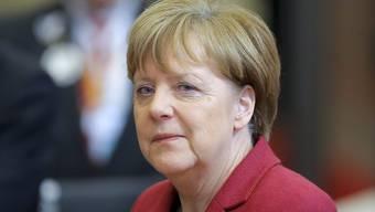 Angela Merkel gibt Fehler in der Debatte um Böhmermanns Schmähgedicht zu.