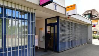Die Poststelle Dulliken soll in Betrieb bleiben: Mit 1442 Unterschriften aus der Bevölkerung im Rücken setzt sich der Gemeinderat für dieses Anliegen ein.