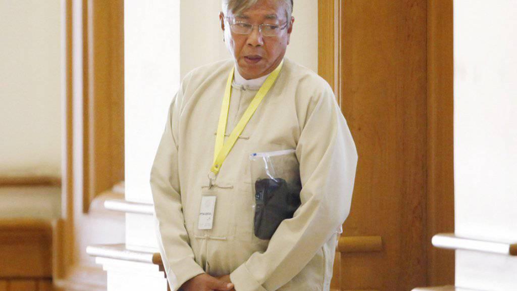 Er gilt als enger Vertrauter von Friedensnobelpreisträgerin Aung San Suu Kyi: Htin Kyaw, der erste zivile Präsident Myanmars seit über 50 Jahren