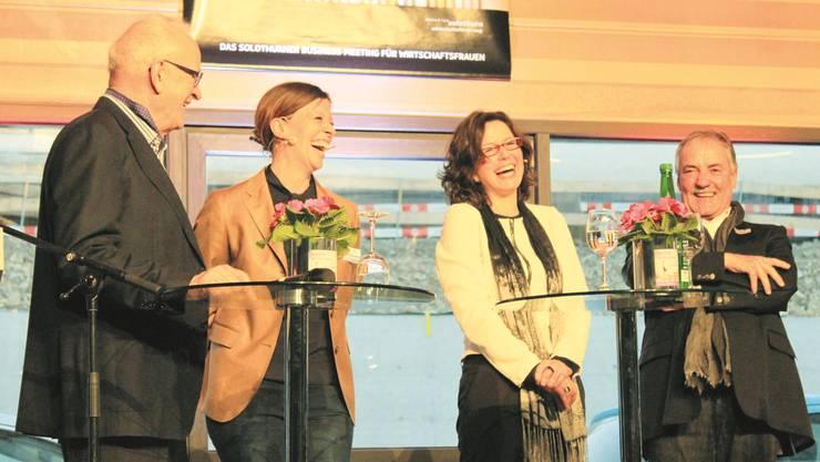 Diskussion zur Nachfolgeregelung in Solothurner Traditionsunternehmen (v.l.): Hans A. Gassler, Miriam Ragaz-Gassler, Moderatorin Anita Panzer und Urs Gerster.