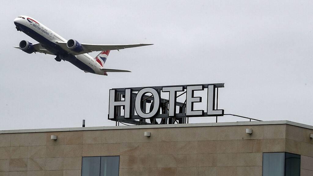 Einreisende aus Hochrisikogebieten müssen in Hotel-Quarantäne
