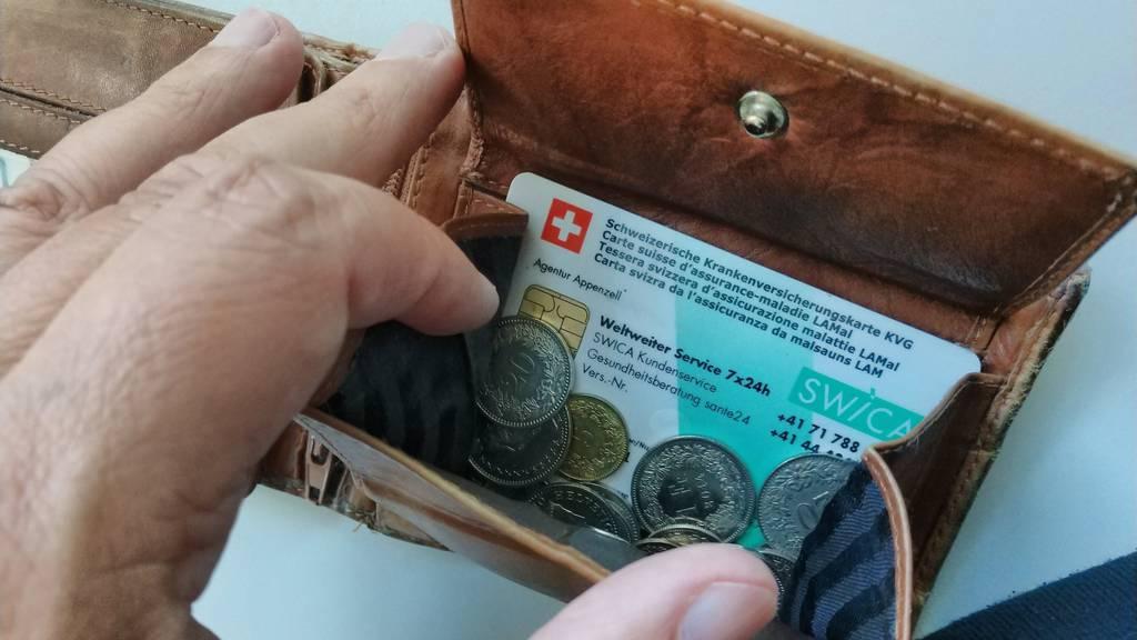 Obwaldner und Schwyzer zahlen nächstes Jahr keinen Rappen mehr