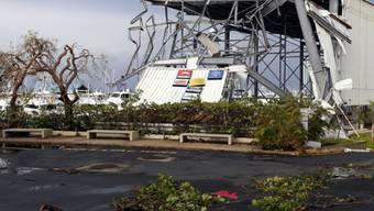 """Der Hurrikan """"Maria"""" hat in Puerto Rico einen Menschen das Leben gekostet. Zudem ist im ganzen Land der Strom ausgefallen."""