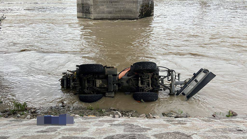26-Jähriger bei Unfall mit Gemeindefahrzeug tödlich verletzt