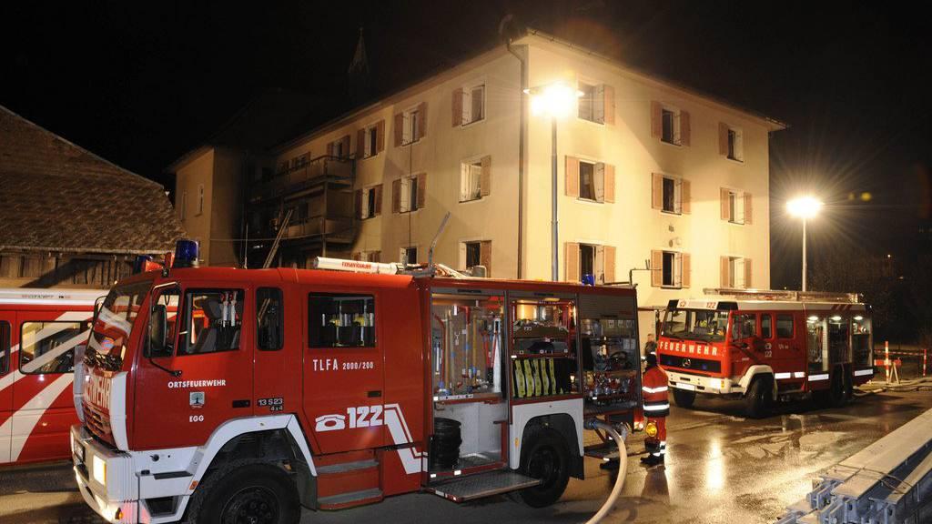 Eine Explosion in einer Firmenhalle forderte einen Verletzten.