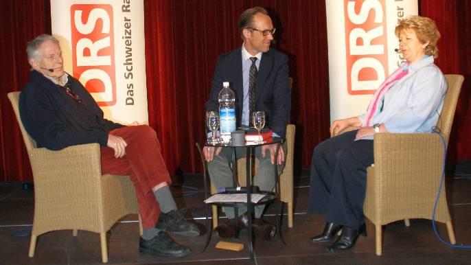 Christian Zeugin (Mitte) mit Franz Hochstrasser und Doris Wicki.  sih