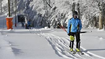 Noch hat es genügend Schnee. Ob es reicht für die beiden Rennen Samstag und Sonntag, das weiss momentan niemand.