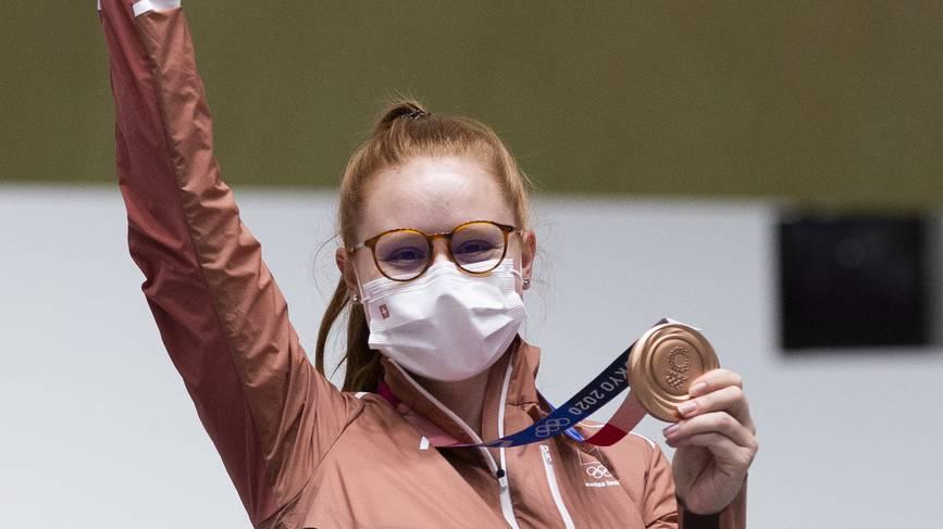 Fantastischer Olympia-Auftakt: Schützin Nina Christen holt Bronze