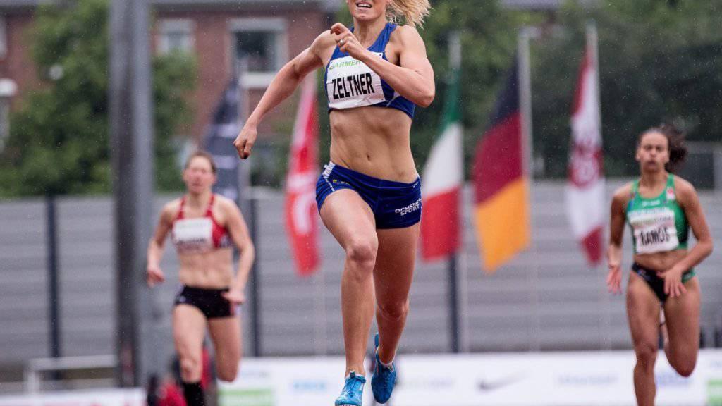 Michelle Zeltner belegt beim internationalen Siebenkampf im deutschen Ratingen nach dem ersten Tag Position 3