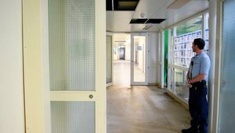 Ein neuer Bericht der Anti-Folter-Kommission beurteilt das Vorgehen des Sicherheitspersonals in Bundesasylzentren kritisch. (Symbolbild)