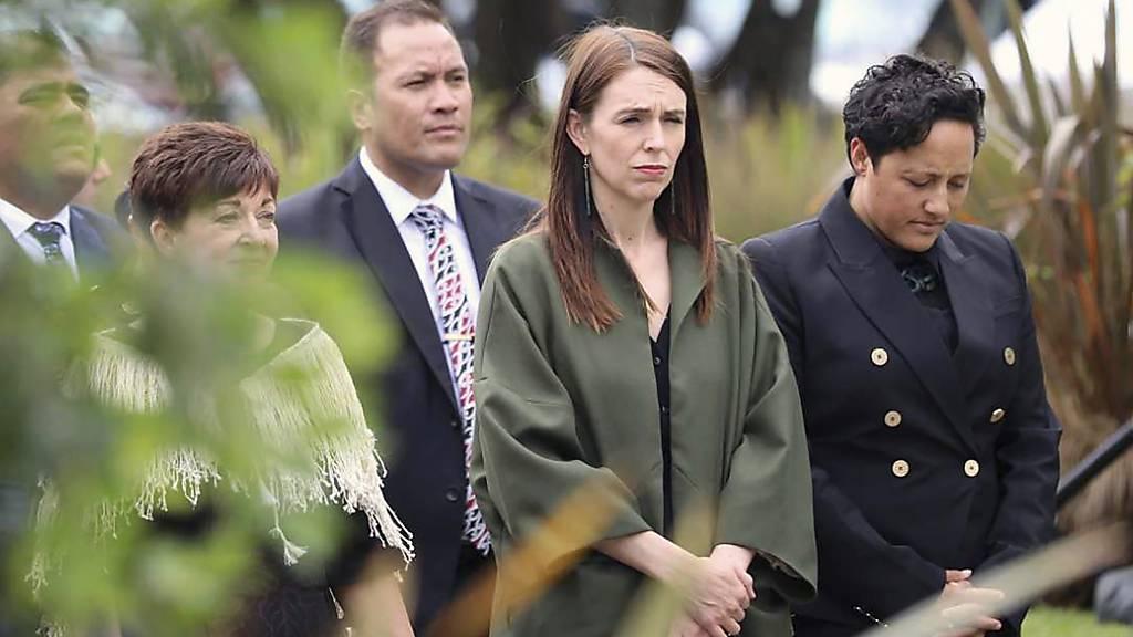 Neuseeland erinnert ein Jahr nach Vulkanausbruch an Todesopfer