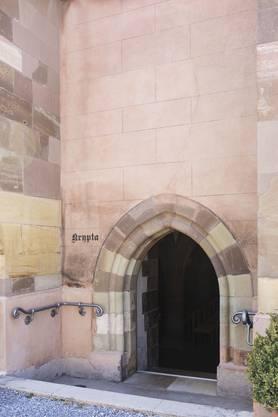 Eingang zur Krypta.