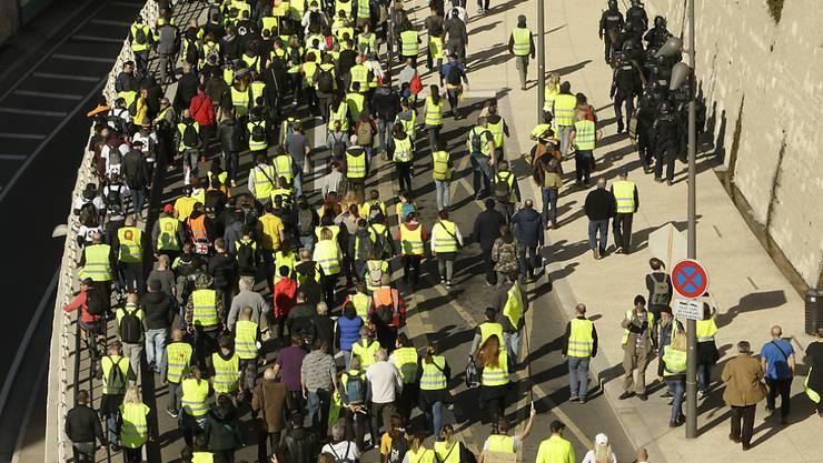 """Die Unterstützung für die """"Gelbwesten"""" schwindet: Eine Mehrheit der Franzosen wünscht sich eine Ende der Proteste. (Archivbild)"""