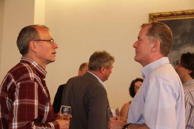 Heinz Wipfli (l.) und Regierungsrat Stephan Attiger.