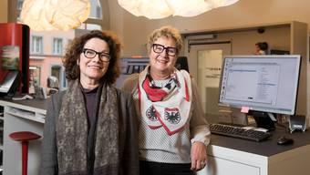 Agnes Heinz und Esther Schmid von aarau info spüren den Trend zur massgeschneiderten Stadtführung.