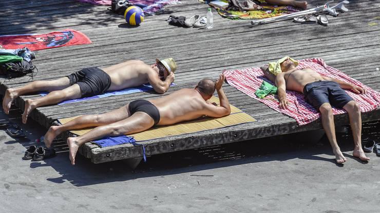 Braten an der heissen Sonne in Zürich