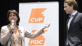 Bundesrätin Doris Leuthard war am Sommerparteitag der CVP voll des Lobes für den österreichischen Aussenminister Sebastian Kurz.