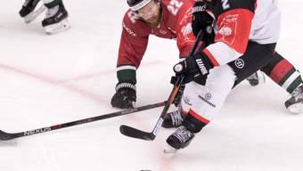 Der Schwede Robin Figren (links) stürmt in der nächsten Saison für den EHC Kloten in der Swiss League