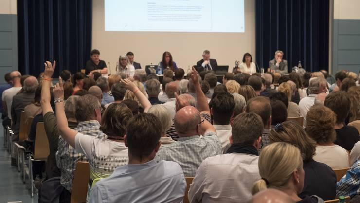 Gemeindeversammlung in Oberwil-Lieli