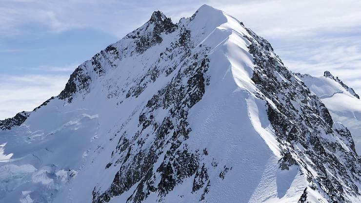 Blick auf den Piz Bernina mit Biancograt: Hier stürzte die Alpinistin in den Tod. (Archiv)