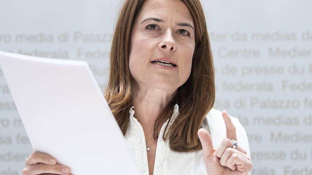 FDP-Präsidentin Petra Gössi erhält von der Parteibasis Unterstützung für mehr Engagement in der Klima- und Umweltpolitik. (Archivbild)