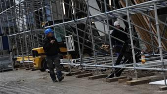 Die slowenischen Arbeiter erhalten ihren Lohn definitiv im Januar. Juri Junkov