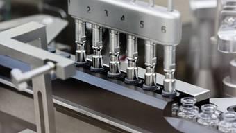 Das US-Unternehmen Gilead Sciences produziert das Medikament Remdesivir, das die Auswirkungen der Lungenkrankheit Covid-19 lindern soll. Das Mittel hat nun in den USA die Zulassung erhalten. (Archivbild)