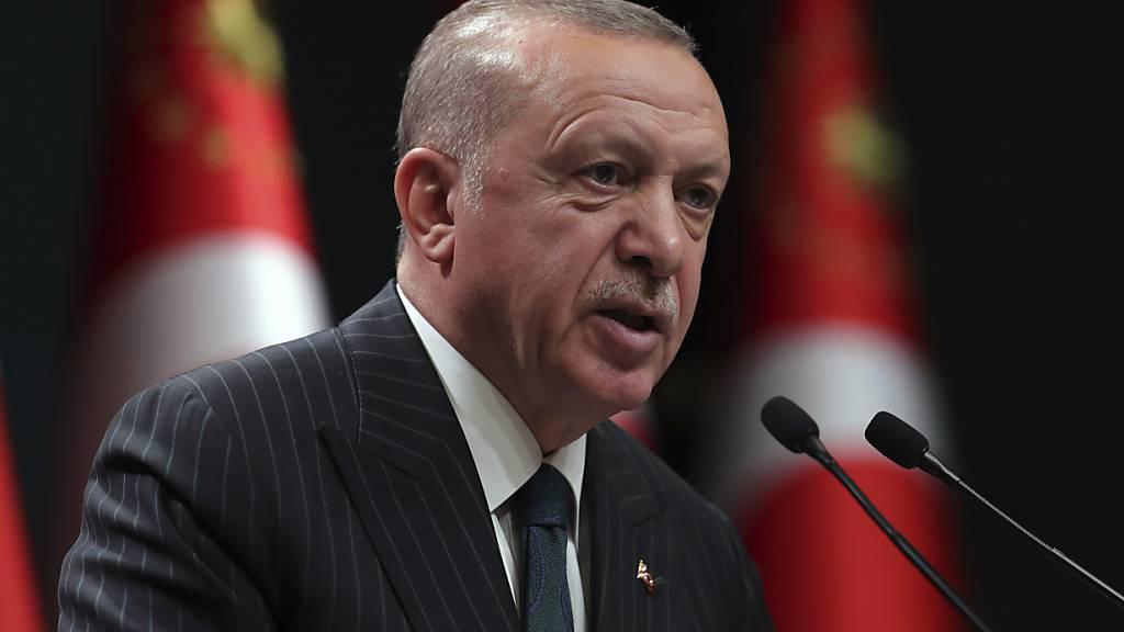 Der türkische Staatschef Recep Tayyip Erdogan verschärft den Ton gegenüber Griechenland und Frankreich. (Archivbild)