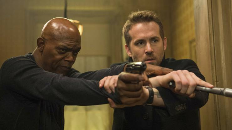 """Samuel L. Jackson (l) und Ryan Reynolds in einer Szene von """"The Hitman's Bodyguard"""". Der Film setzte sich am Wochenende vom 17. bis 20. August 2017 an die Spitze der US-Kinocharts. (Archiv)"""