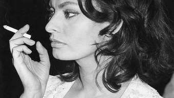 "Sophia Loren - bürgerlich: Sofia Villani Scicolone - in einer Drehpause von ""Questi Fantasmi"" im Juni 1967 in Rom. (Archiv)"