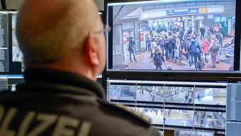 Die Hamburger Staatsanwaltschaft ermittelt im Zusammenhang mit den Krawallen am G20-Gipfel im Juli 2017 gegen einen Aargauer. (Symbolbild)