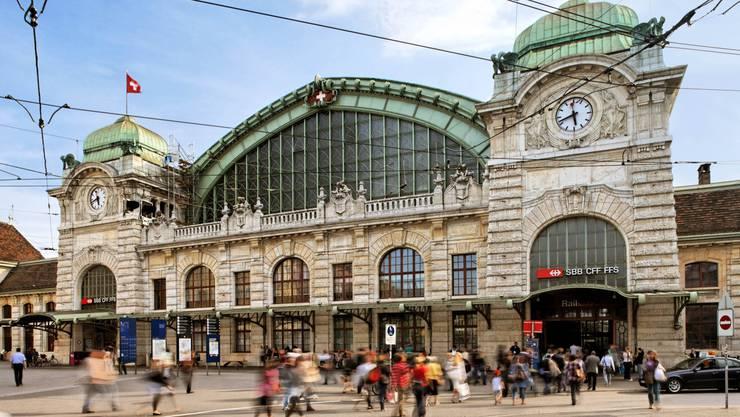 Im Bahnhof SBB in Basel hat es in der Nacht auf Mittwoch gebrannt. (Themenbild)