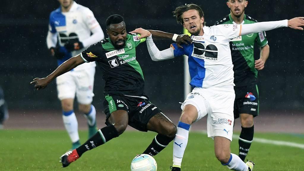 Der FC St.Gallen kämpft um drei Punkte - der Ausgang der Partie ist noch völlig offen.