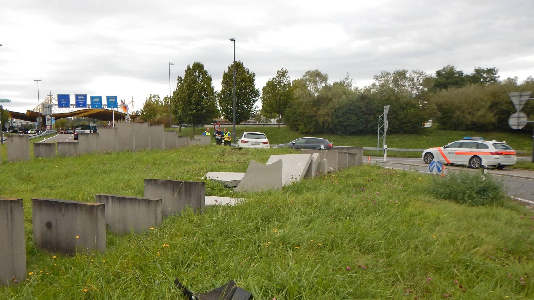 Ein 76-jähriger Autofahrer durchquerte den Kreisel in Kreuzlingen auf direktem Weg.