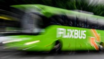 Flixbus will weiter expandieren und dazu den Konkurrenten Eurolines übernehmen. (Archivbild)