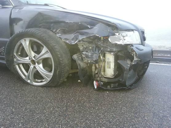 Frontalkollision zwischen Birrwil und Beinwil am See: der Audi des Unfallverursachers.
