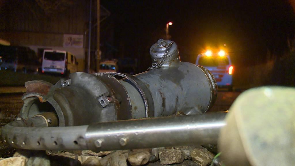 Schaffhausen: Auto kollidiert mit Hydrant
