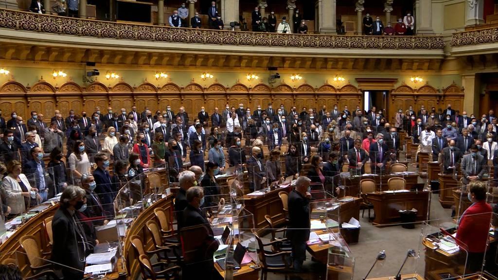 Politiker, Kantone kritisieren Bundesrat