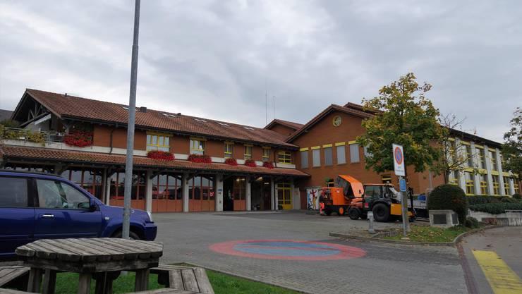 In den Letten soll es mehr Platz für die Primarschule und die Feuerwehr Sins geben.