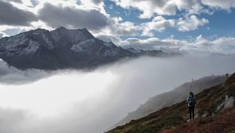 Der Monat Oktober brachte der Schweiz milde Temperaturen und reichlich Niederschläge. (Archivbidl)