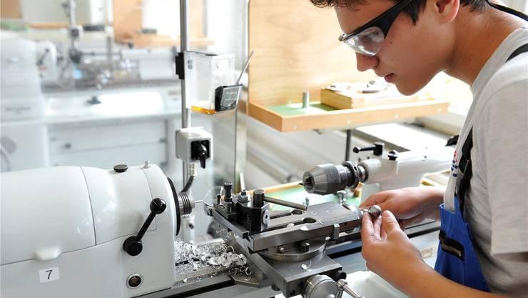 Lernende bleiben gefragt: Die Ausbildungsbereitschaft der Solothurner Firmen ist unverändert hoch, heisst es beim Kanton.