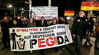 Die «Patriotische Europäer gegen die Islamisierung des Abendlandes», kurz Pegida. Im Februar soll in Basel eine Schweizer Demonstration stattfinden.
