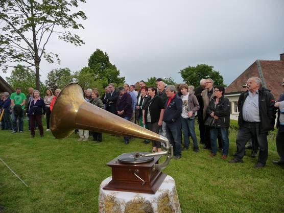 Stilleben mit dem Grammophon