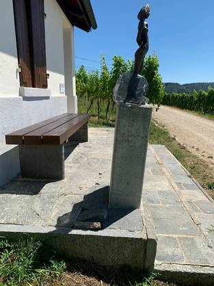 Die Bronzeskulptur «Neue Balance» blieb dieses Mal auf dem Sockel.