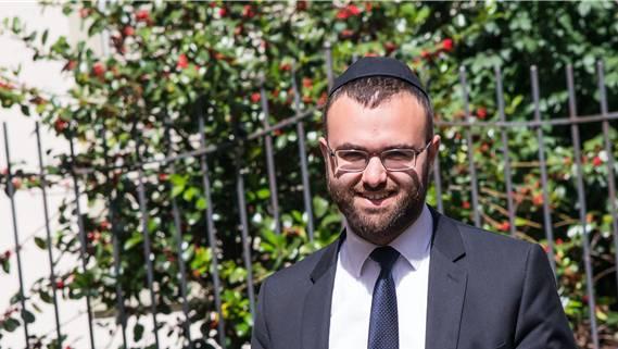 Der 29-jährige Moshe Baumel ist seit eineinhalb Jahren Rabbiner in Basel. Nicole Nars-Zimmer