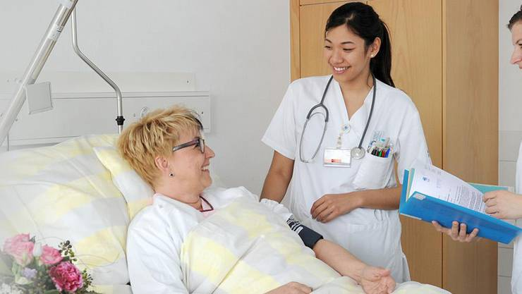 """Waren Sie mit Ihrem Aufenthalt im KSB zufrieden? 85 Prozent der Patienten beantworteten diese Frage mit """"Ja, sehr""""."""