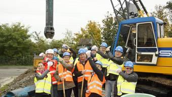 Spatenstich für den Brunnen bei der Vogt-Schild Druck AG in Derendingen