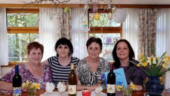 Rösli Liniger, Merusha Jaha, Romy Thüring-Möschlin und Silvana Di Francesco und «schmeissen» den Betrieb im Restaurant Rebstock.
